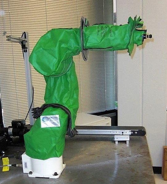ADEPT Viper 850 Roboworld Robosuit