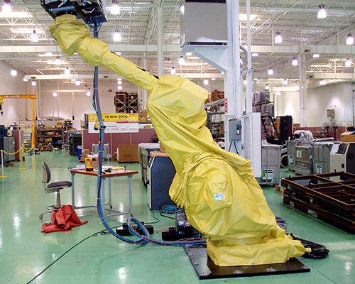 FANUC M900 Roboworld Robosuit