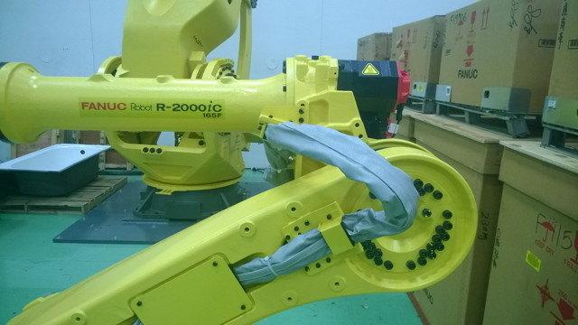 FANUC R2000iC Roboworld Robosuit