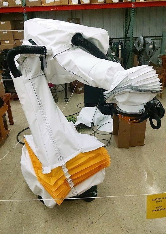 KUKA KR210 R3100 Roboworld Robosuit