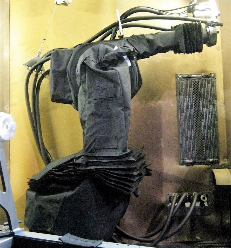 KUKA KR30 KR60 Roboworld Robosuit